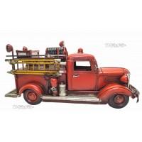 Ретро модель пожарной машины Chevrolet  Lake Benton's old 1938  fire truck