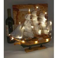 модель Корабля с подсветкой, 32см  дерево HMS Endeavour