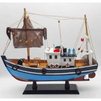 Рыболовецкое судно с сетями, дерево, 40см