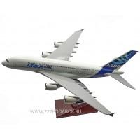 модель самолета AIRBUS A380 мини копия, 36см
