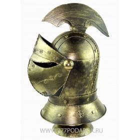 Закрытый шлем на подставке, металл