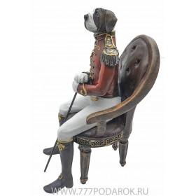 Статуэтка Собака в кресле  высота 27см