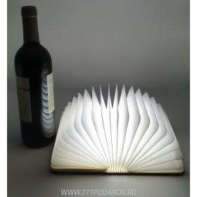 Светильник Книга, 15см, восемь цветов подсветки, деревянная обложка