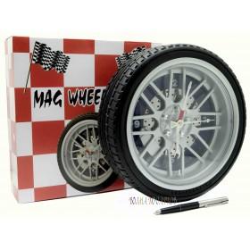 Часы автомобильное колесо